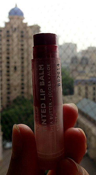Natio Tinted Smile Lip Balm Review